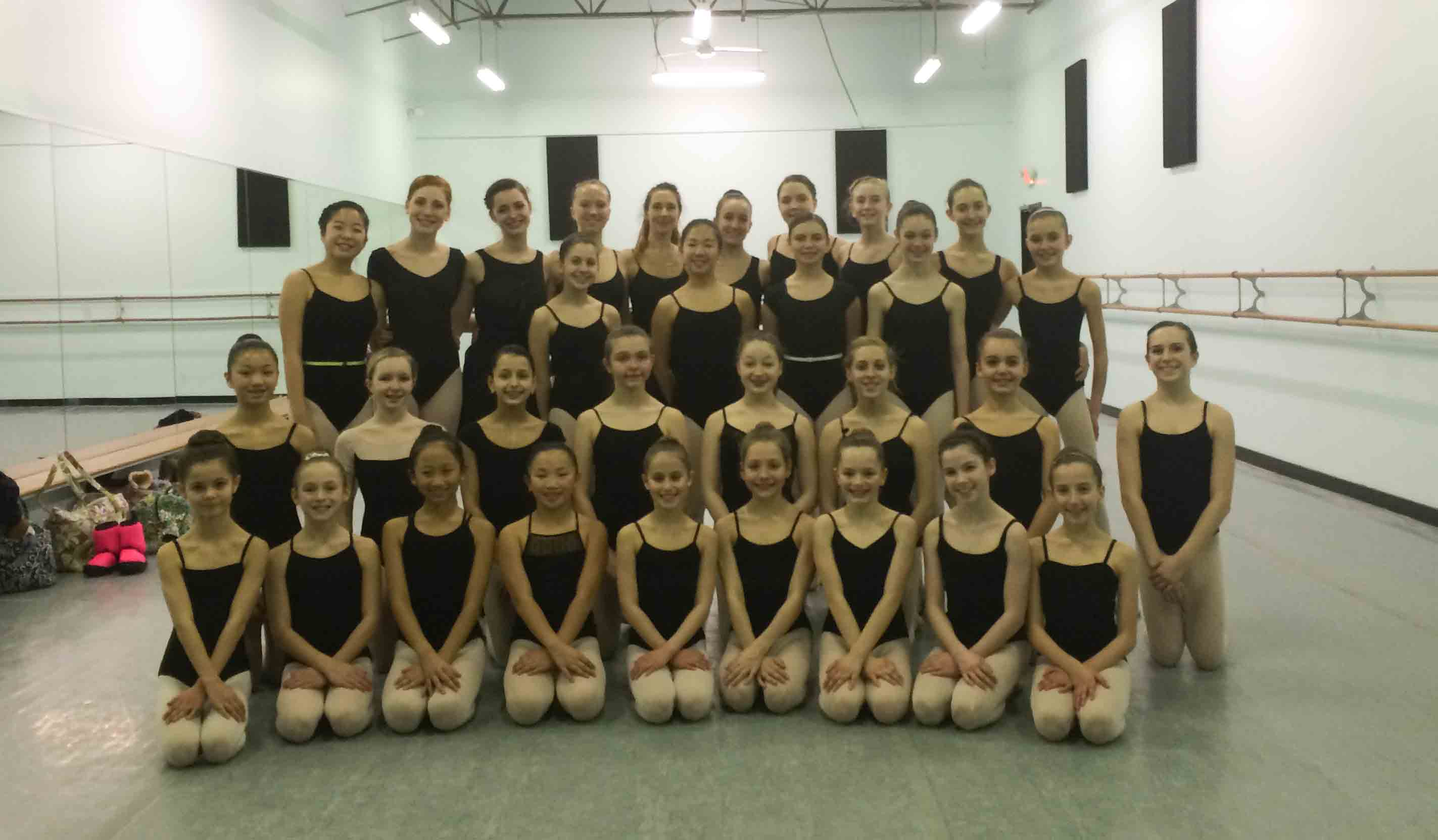 With students after ExtraPirouette and Beautiful Feet seminars – Loudoun School of Ballet – Leesburg, Virginia.